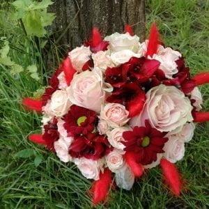 Buchet de nașă roz-roșu