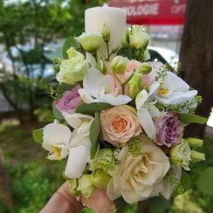 Lumânare de botez cu trandafiri și orhidee