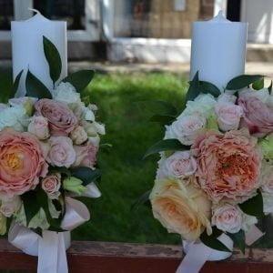 Lumânări de cununie cu trandafiri somon